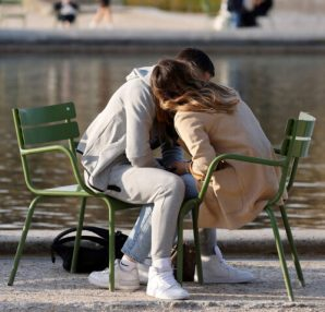 Readers: Tell us your tips for dating in Massachusetts during the pandemic